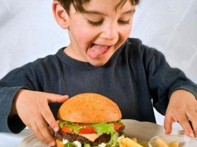 как уберечь ребенка от вредных продуктов
