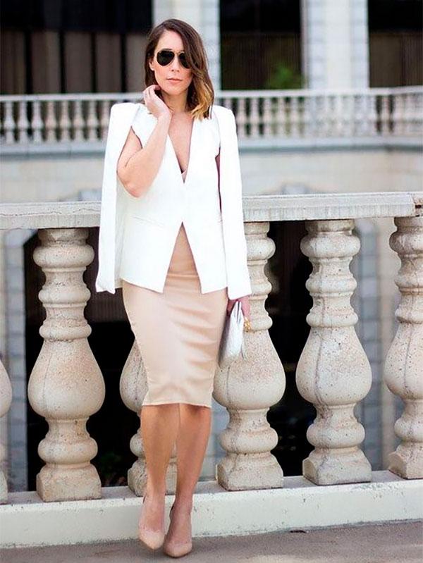 Белый пиджак и юбка карандаш