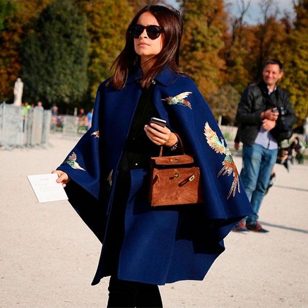 Пальто с оригинальной вышивкой