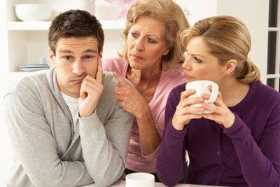 нежелательное участие родственников в семейной жизни подрывает отношения между супругами