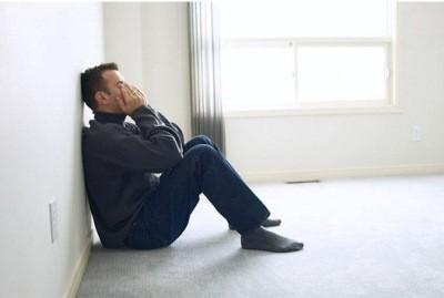 Мужчины также тяжело переносят расставание с любимой женщиной