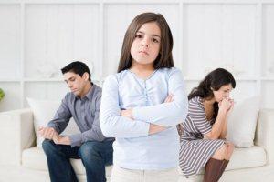 Как оформить развод при наличии несовершеннолетних детей