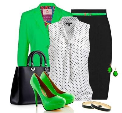 Сочетание с зелеными туфлями