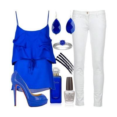 Сочетание с синими туфлями