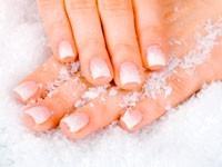 Уход за ногтями зимой