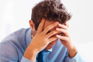 Депрессия у мужчин: причины, симптомы, как и чем лечить