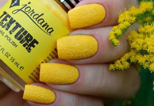 Текстурированный желтый лак