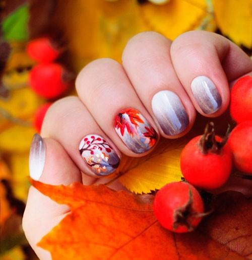 Осенний маникюр с рябиной