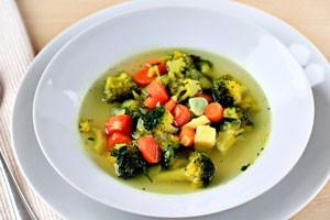 Диетические супы - рецепты приготовления легких овощных или куриных первых блюд для похудения и диеты
