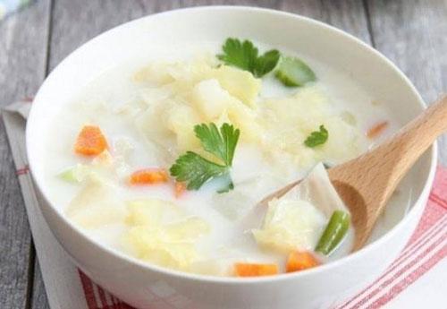 Диетический молочный суп