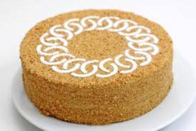 примеры оформления тортов на 8 марта