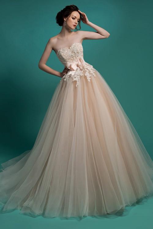 Бежевое свадебное платье Gabbiano
