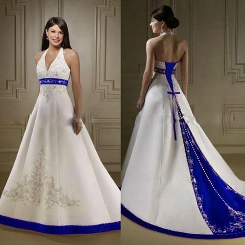 Белое свадебное платье с синими элементами