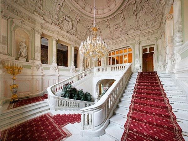 Парадная лестница Юсуповского дворца на Мойке
