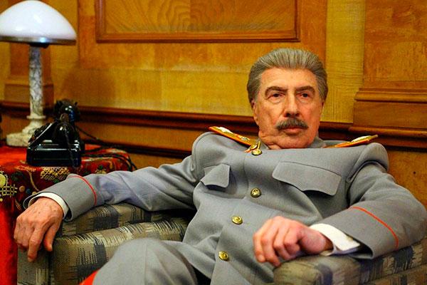 """В роли вождя в сериале """"Товарищ Сталин"""""""