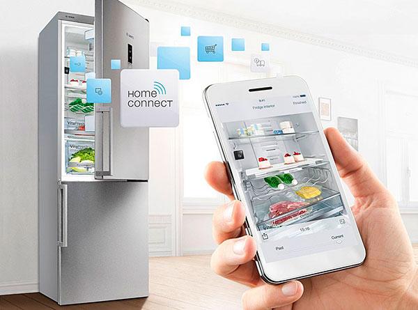 Можно легко проверить, какие продукты хранятся в смарт-холодильнике