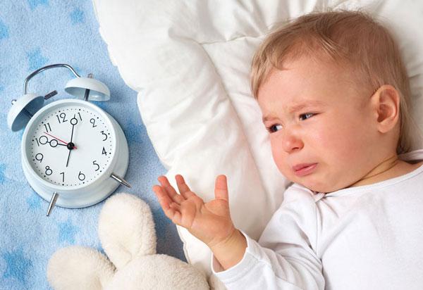 Малышу необходим ритуал засыпания и режим сна