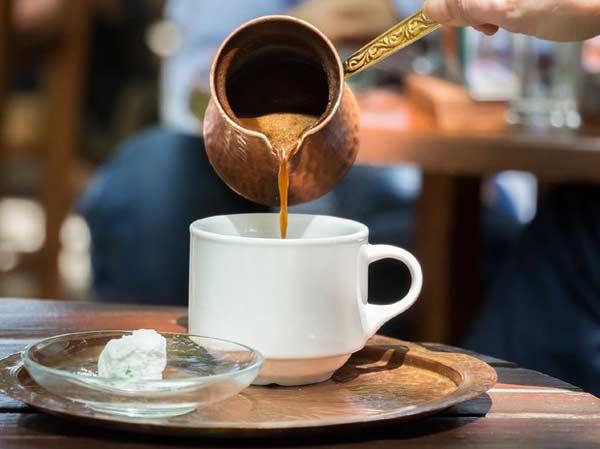 Привычная чашка кофе не так уж безвредна